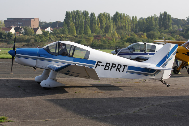 F-BPRT Centre-Est DR.221 Dauphin c/n 128 St.Cyr l'Ecole/LFPZ 10-10-10