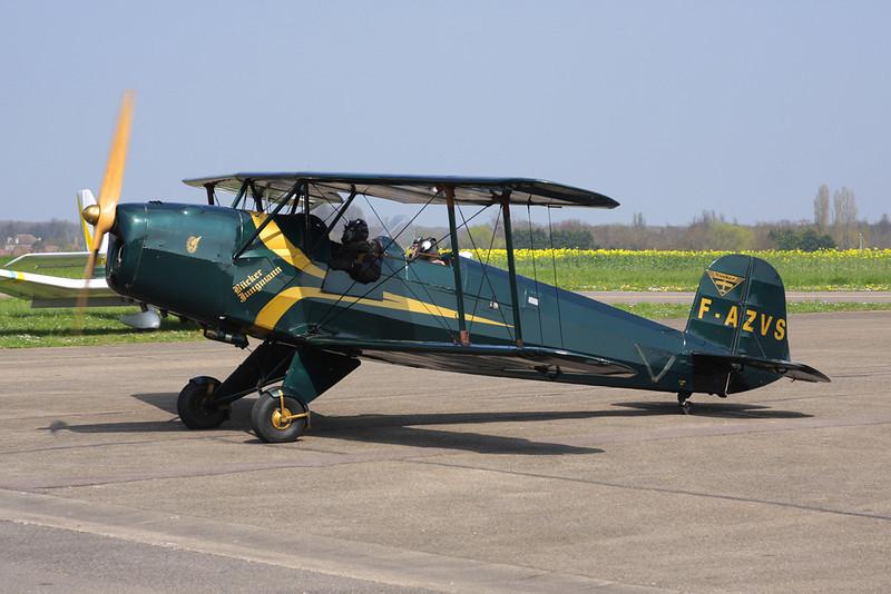 F-AZVS CASA 1-131E Jungmann c/n 1035 Beaune/LFGF/XBV 17-04-10