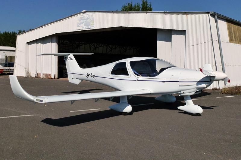 F-PUSS Dyn'Aero MCR-4S 2002 c/n 99 Dijon-Darois/LFGI 04-10-11