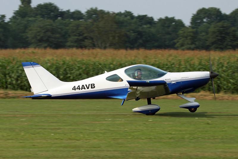 44-AVB (F-JUPK) BRM Aero NG-5 Bristell XL8 c/n unknown Hasselt/EBZH 27-08-17