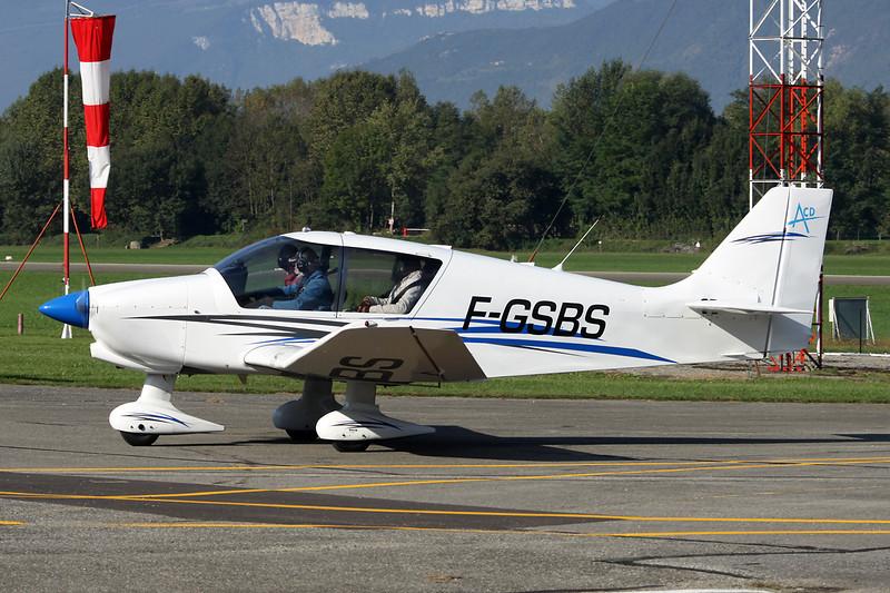 F-GSBS Robin DR.400-140B Major 80 c/n 2357 Grenoble-Le Versoud/LFLG 06-10-12