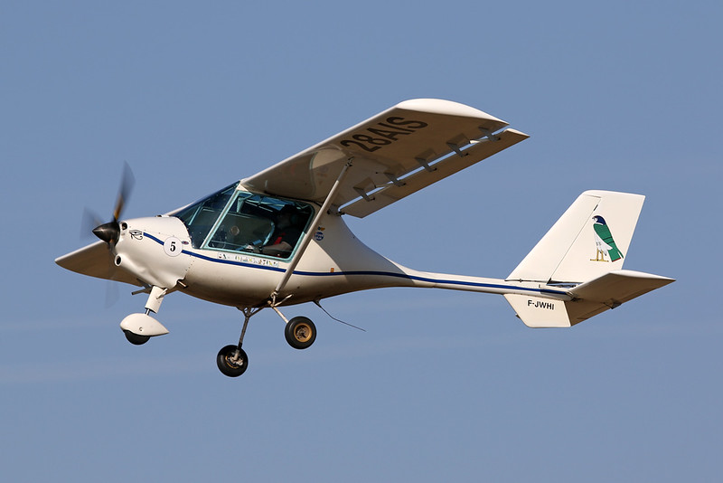 28-AIS (F-JWHI) Fly SYnthesis Storch c/n unknown Blois/LFOQ/XBQ 01-09-18