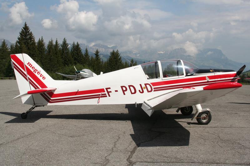 F-PDJD Jodel D.140E Mousquetaire c/n 493 Megeve/LFHM/MVV 13-06-07