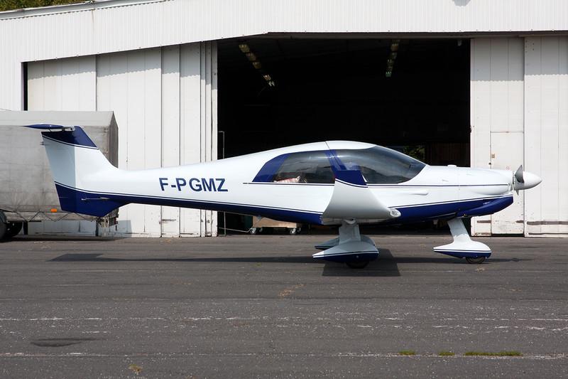 F-PGMZ Dyn'Aero MCR-4S 2002 c/n 121 Dijon-Darois/LFGI 25-09-09