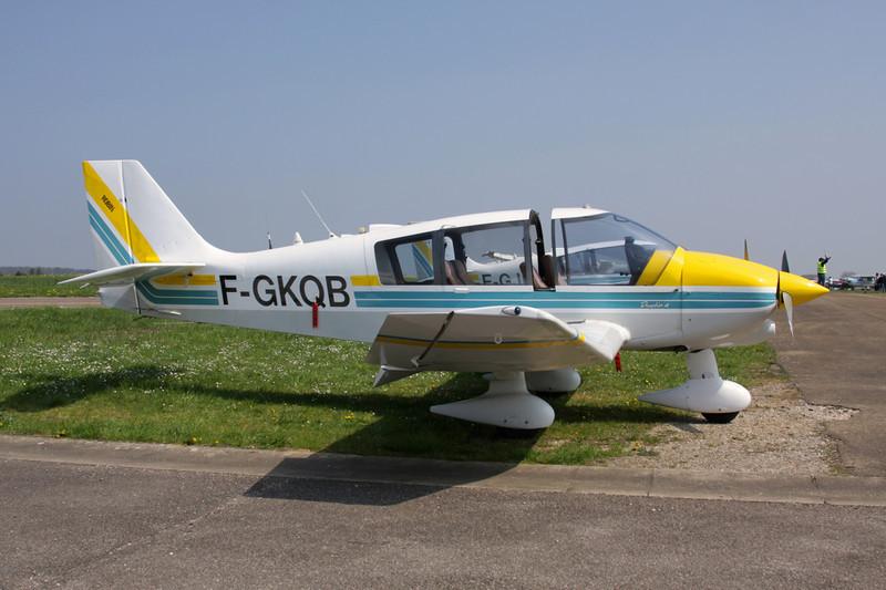 F-GKQB Robin DR.400-140B Major 80 c/n 2042 Beaune/LFGF/XBV 17-04-10