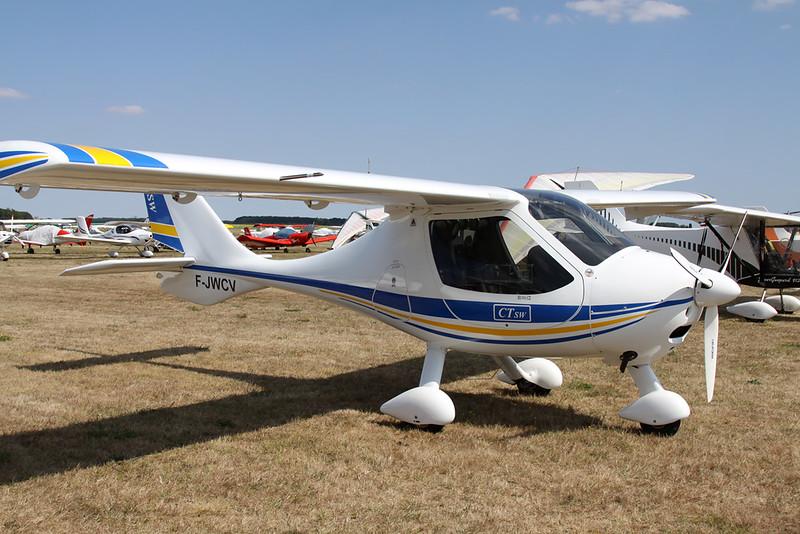 28-AIY (F-JWCV) Flight Design CT SW c/n D-08-05-21 Blois/LFOQ/XBQ 01-09-18