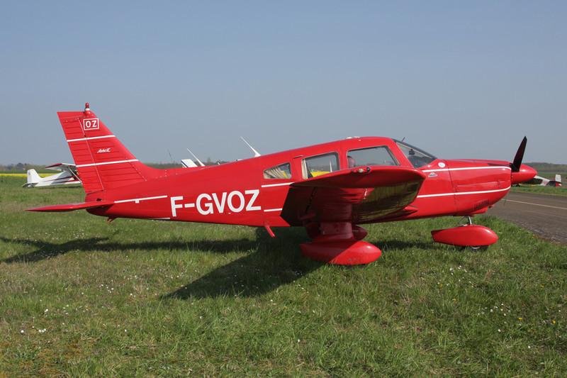 F-GVOZ Piper PA-28-180 Archer II c/n 2890061 Beaune/LFGF/XBV 17-04-10