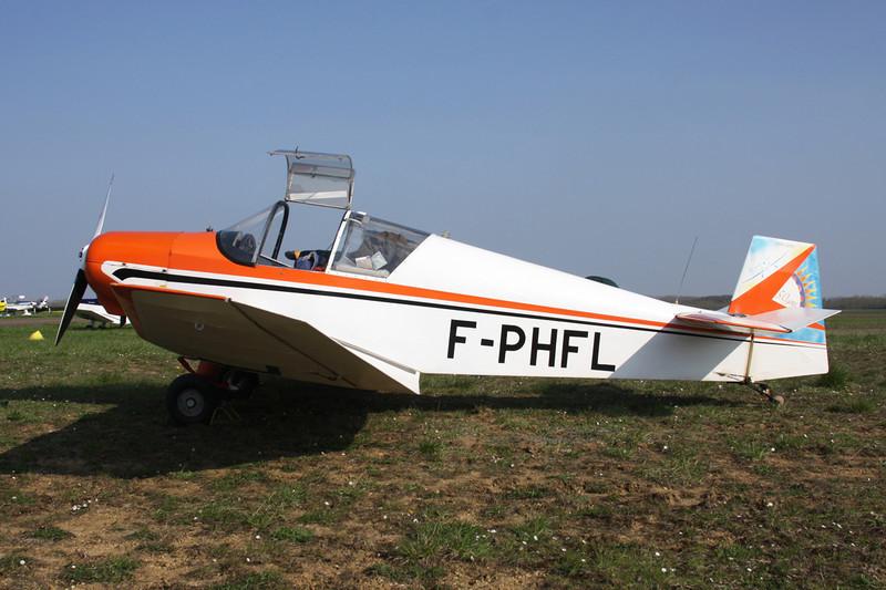 F-PHFL Jodel D.112 c/n 184 Beaune/LFGF/XBV 17-04-10