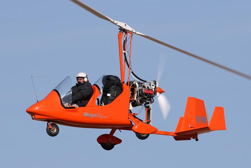 16-PW  Magni M-16 Tandem Trainer c/n 16128994 Blois/LFOQ/XBQ 01-09-18