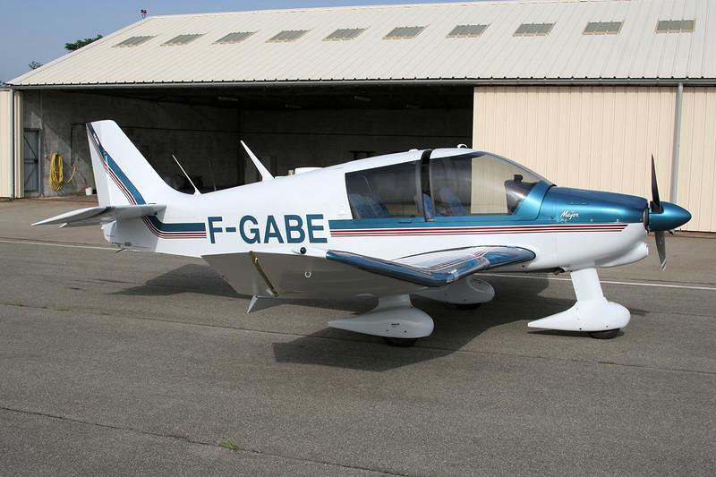 F-GABE Robin DR.400-180 Regent c/n 1119 Valence/LFLU/VAF 18-06-06