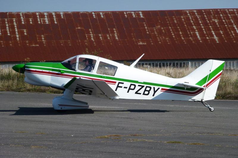 F-PZBY Jodel DR.1053M c/n 746 Dijon-Darois/LFGI 04-10-11