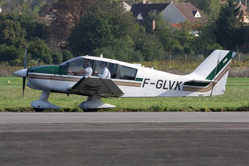 F-GLVK Robin DR.400-140B Major 80 c/n 2158 St.Cyr l'Ecole/LFPZ 10-10-10
