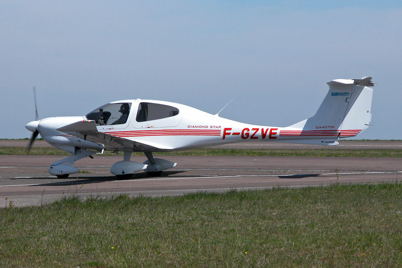 F-GZVE Diamond DA-40D Star TDI c/n 04.114 Dijon-Darois/LFGI 22-04-10
