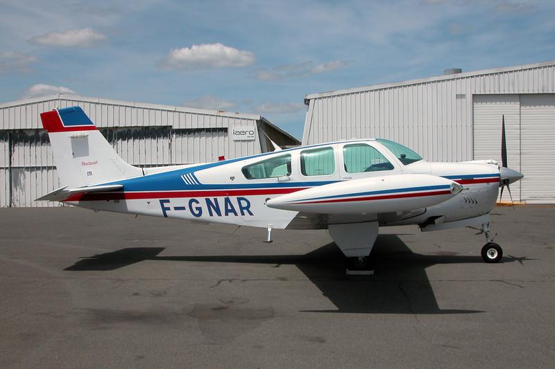 F-GNAR Beech F33A Bonanza c/n CE-1735 Dijon-Darois/LFGI 11-06-11