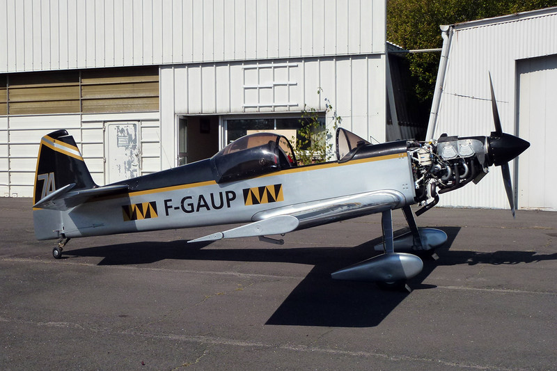 F-GAUP Mudry CAP-21 c/n 1 Dijon-Darois/LFGI 04-10-11