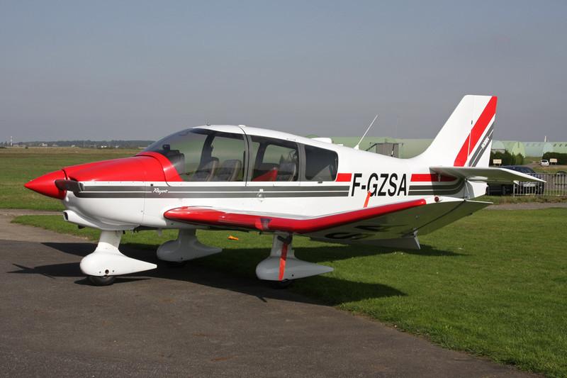 F-GZSA Robin DR.400-180 Regent c/n 2441 St.Andre de L'Eure/LFFD 10-10-10