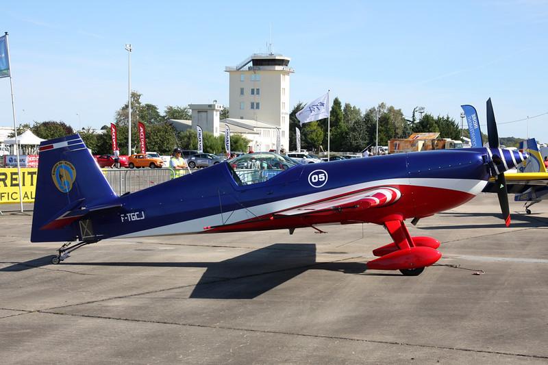 """05 (F-TGCJ) Extra 300SC """"French Air Force"""" c/n SC005 Chateauroux/LFLX/CHR 26-08-15"""