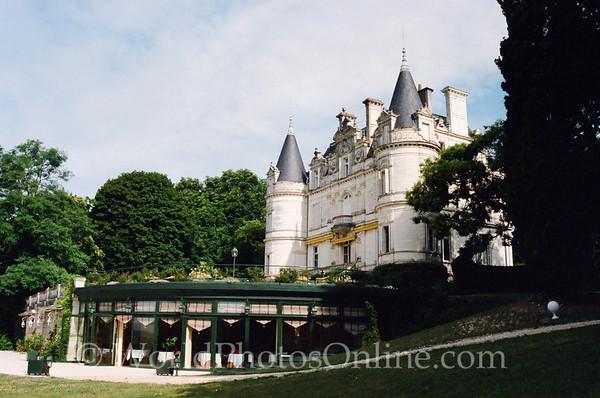 Tours - Chateau De La Tortiniere