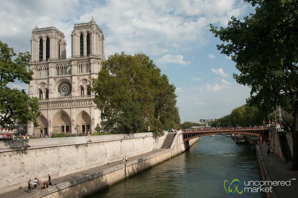 Notre Dame and La Seine - Paris