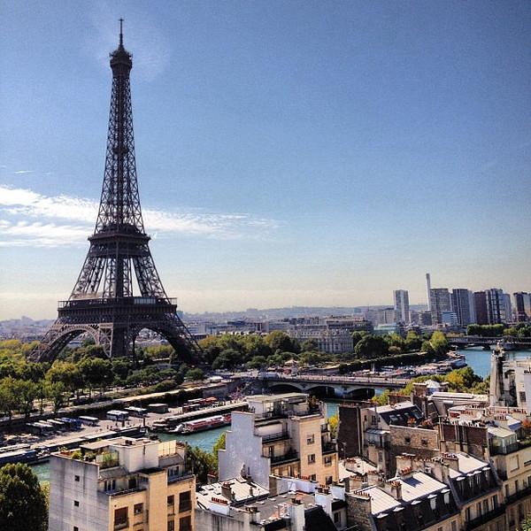 Audrey's bday weekend begins. Thanks @shangrilaparis @shangrilahotels for hosting. Eiffel Tower off the deck in #Paris #lovingthemoment