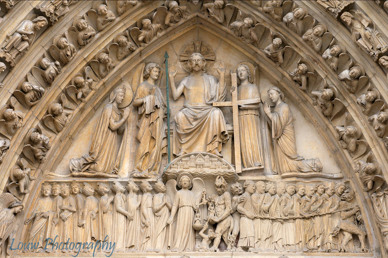 "Detail on door of <a target=""NEWWIN"" href=""http://en.wikipedia.org/wiki/Notre_Dame_de_Paris"">Notre Dame de Paris</a>, Paris, France"