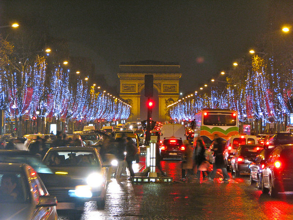 Champs Elysee at night