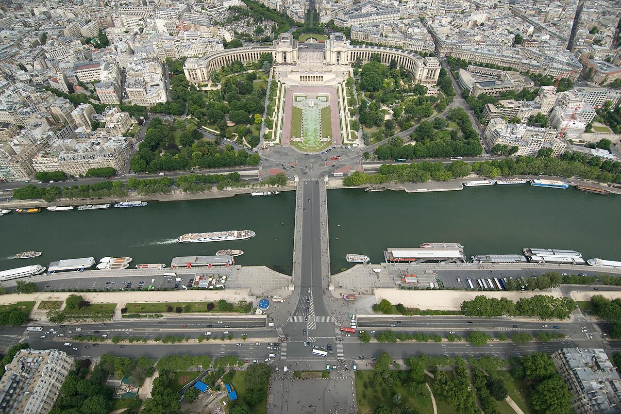 Overhead shot of Pont d'Iéna in Paris, France