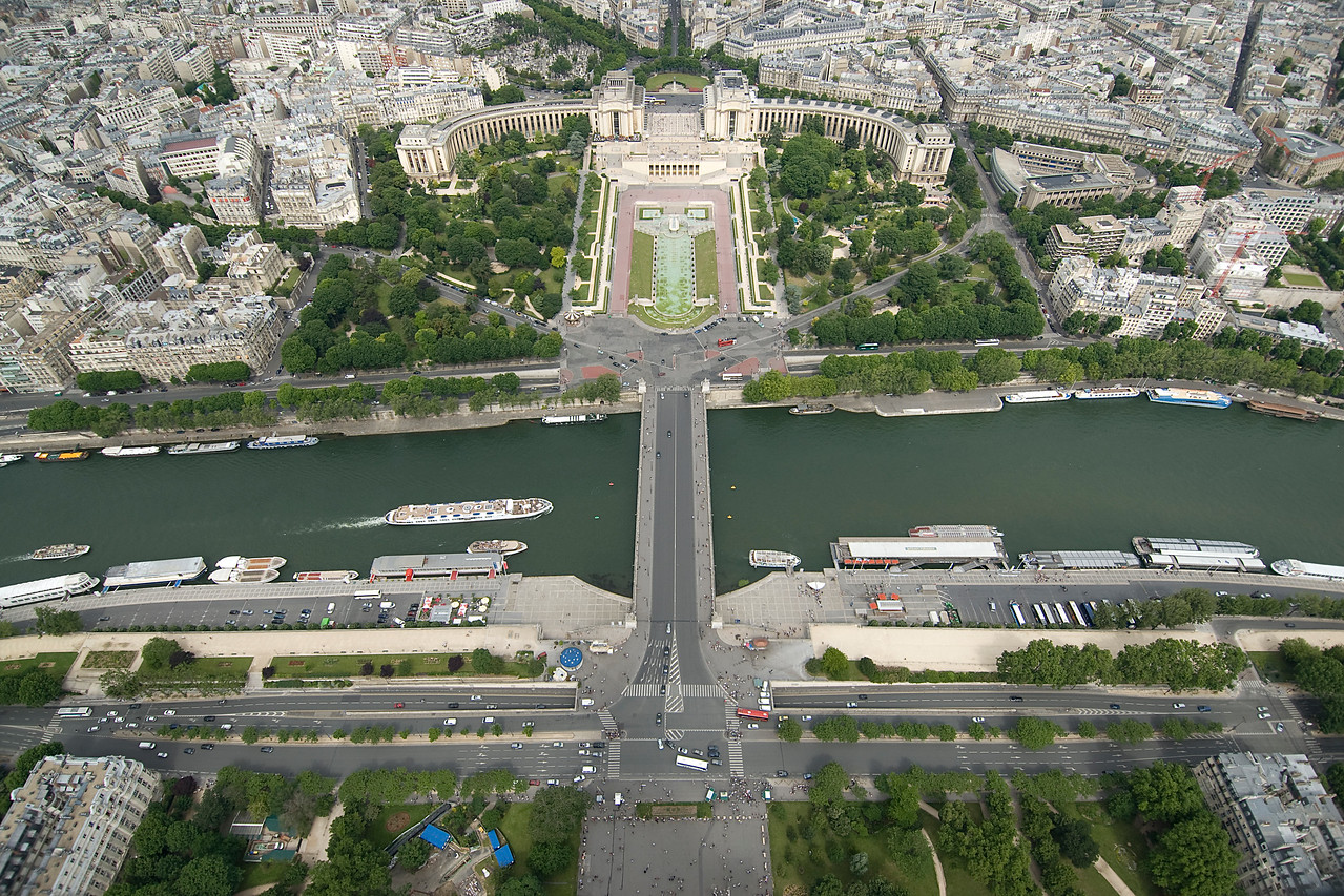 Overhead shot of Pont d'Iéna in Paris, France