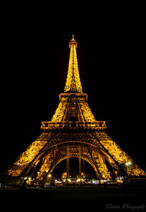 Eiffel Tower facing