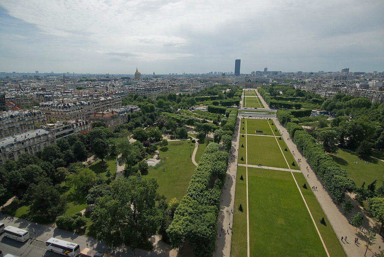 Aerial shot of Jardin des Tuileries in Paris, France