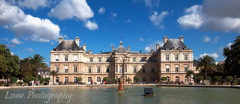"<a target=""NEWWIN"" href=""http://en.wikipedia.org/wiki/Luxembourg_Palace"">Palais du Luxembourg</a>, Paris, France"