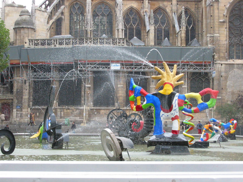 Fountain at Centre Pompidou