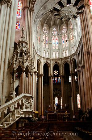 Cholet - Notre Dame Church Nave