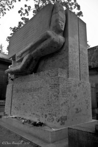 Oscar Wildes tomb at the Pere-La-Chaise Cemetery in Paris, France
