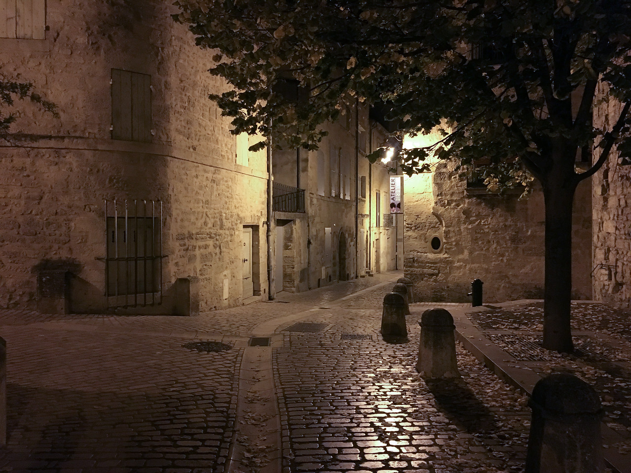 Midnight in Uzès