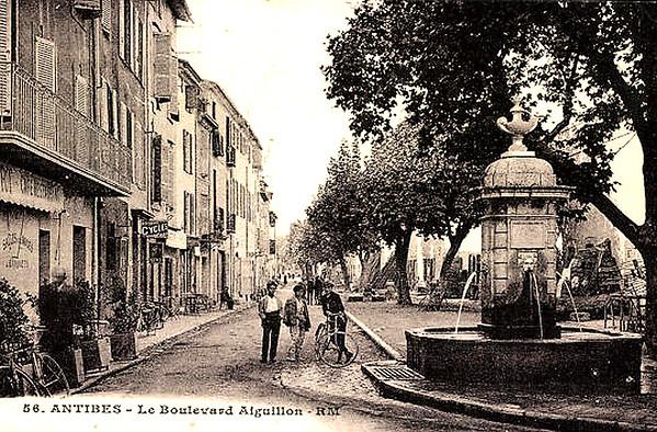 Boulevard Aiguillon