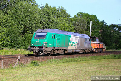 475447 & 8514 approach Montmelian 10/06/14  Watch the video at: http://youtu.be/aSLKsqVKp7Q