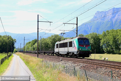 436338 passes Bourgneut with an empty cartic for Italy  05/06/14