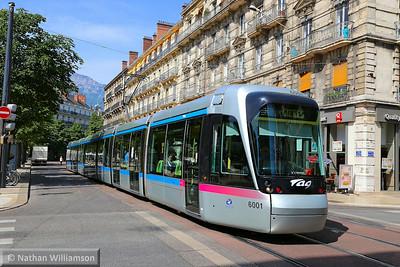 6001 arrives into 'Victor Hugo' in Grenoble  07/06/14