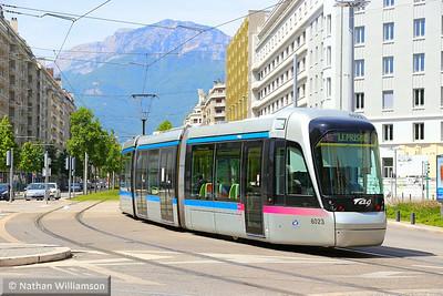 6023 departs 'Chavant' in Grenoble  07/06/14