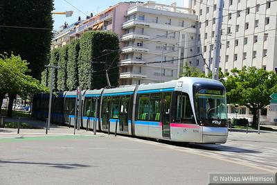 6014 arrives into 'Chavant' in Grenoble  07/06/14