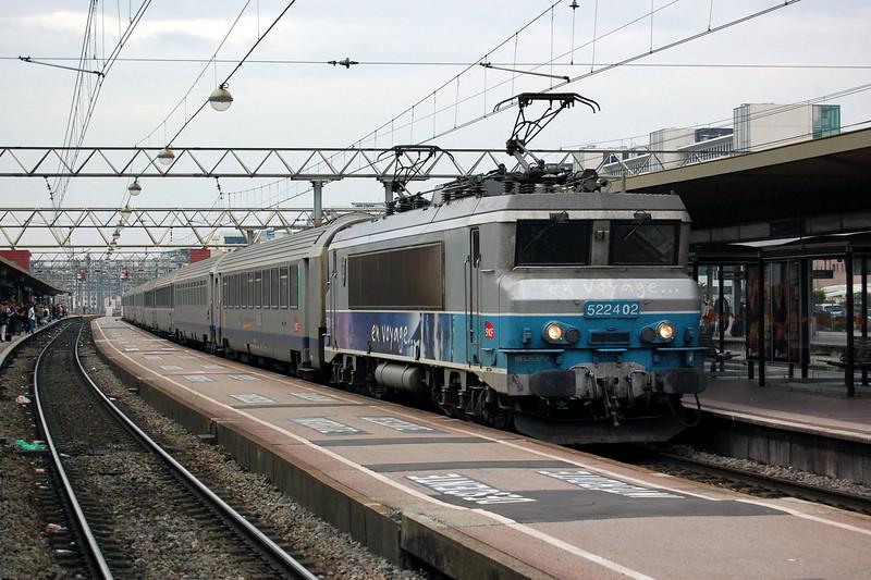 SNCF BB22402 at Lyon Part-Dieu.