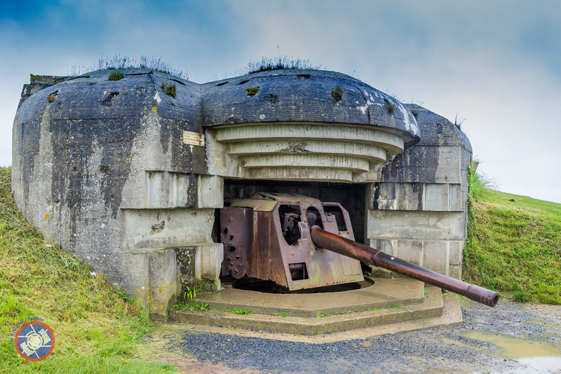 One of the Bunkers on the Cliff Top of Longue-Sur Mer (©simon@myeclecticimages.com)