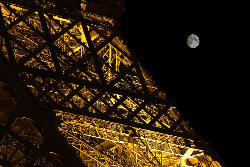 Eiffel Tower08-18-2013-28-Edit