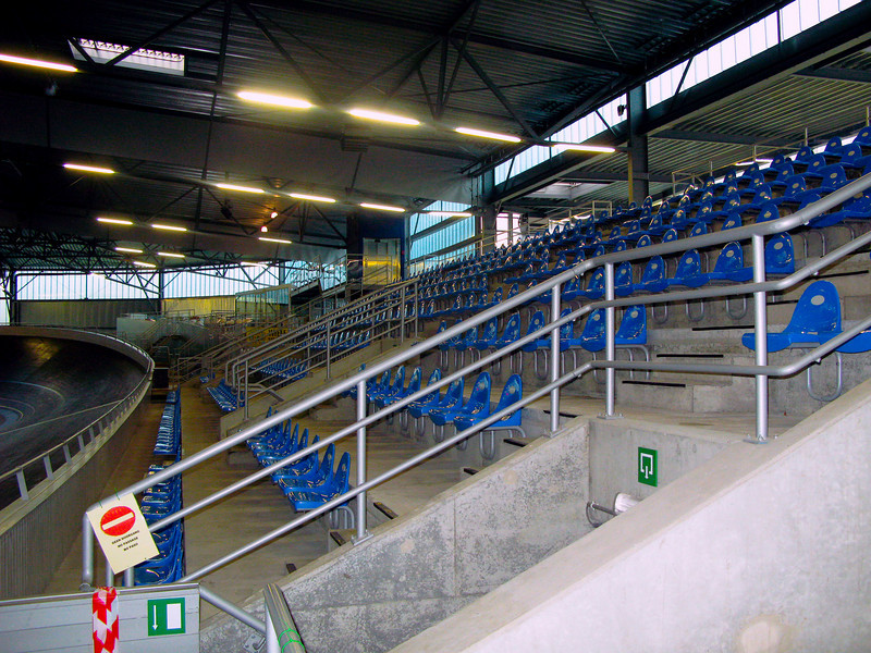 View of the permanent seating. A maximum of 4,100 spectators can be seated. The track hosted the World Junior Track Championships in August 2006.