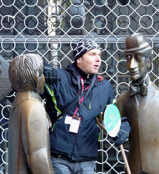 Cologne tour guide