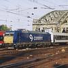185 515 crosses the Rhine and into Köln Hauptbahnhof.