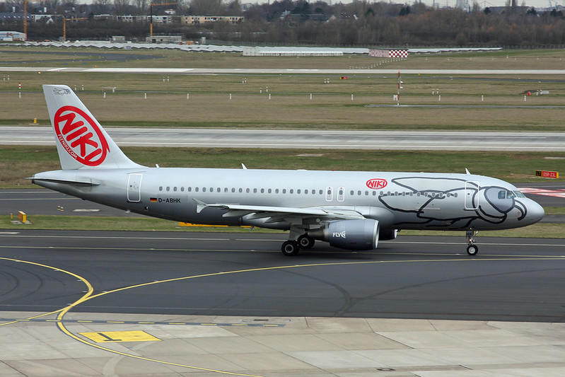 """D-ABHK Airbus A320-214 c/n 4581 Dusseldorf/EDDL/DUS 03-03-17 """"NLY c/s"""""""