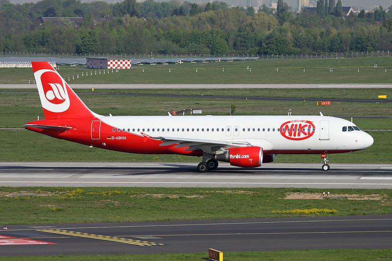 "D-ABHH Airbus A320-214 c/n 2902 Dusseldorf/EDDL/DUS 20-04-17 ""Niki"""