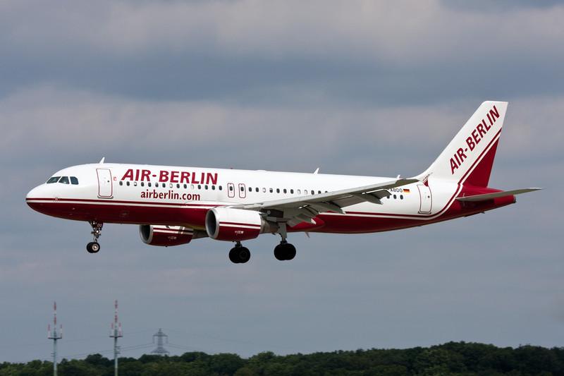 D-ABDO Airbus A320-214 c/n 3055 Dusseldorf/EDDL/DUS 03-08-08